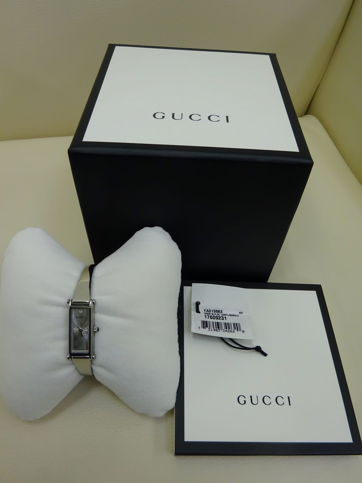 GUCCI レディース腕時計1500L 1Pダイヤモンド